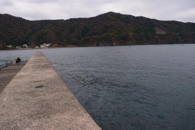 神子漁港突堤外側の写真