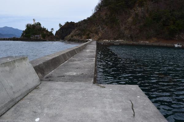 釣姫漁港先端からの風景
