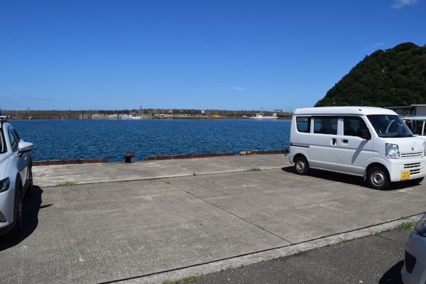 和田漁港駐車場