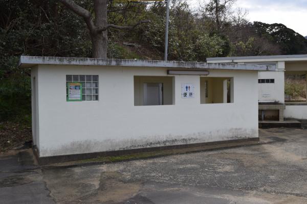 小橋漁港のトイレ