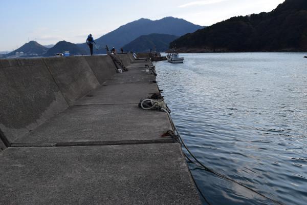上瀬漁港内側