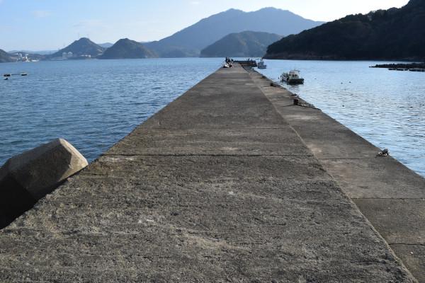 上瀬漁港堤防