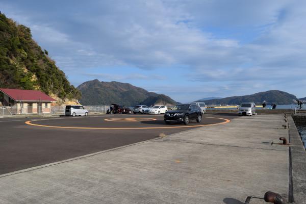 日引漁港駐車場