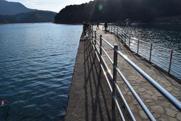 日引漁港のフェンス