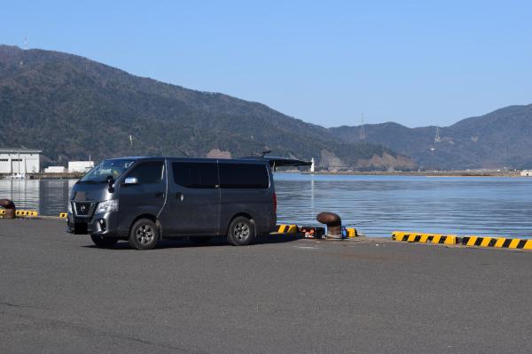 敦賀港の釣座