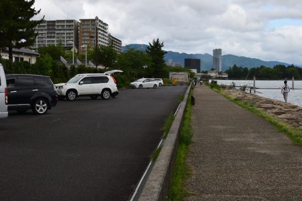 晴嵐に道B駐車所