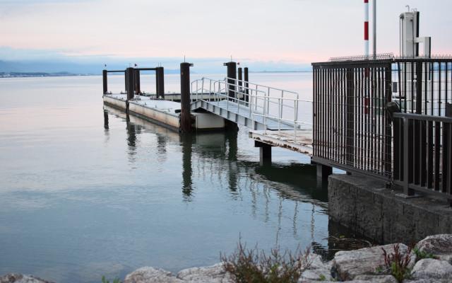 アヤハディオ前の桟橋