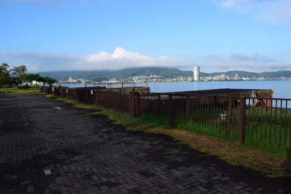 帰帆島3駐車場立ち入り禁止フェンス