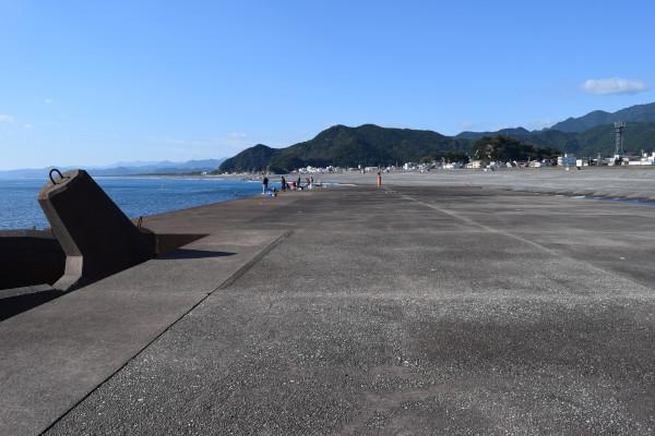 木本港堤防