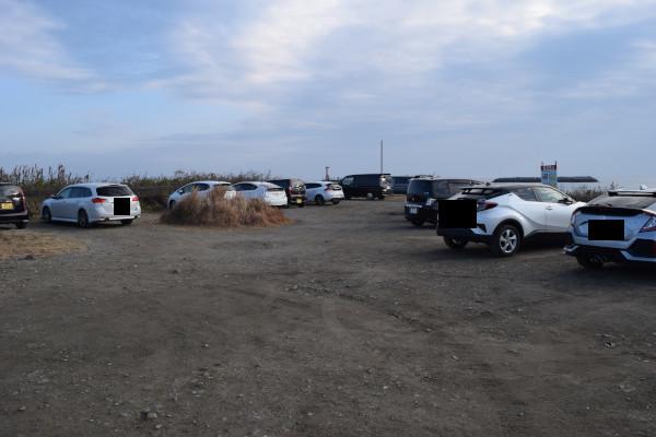 有滝堤防駐車場