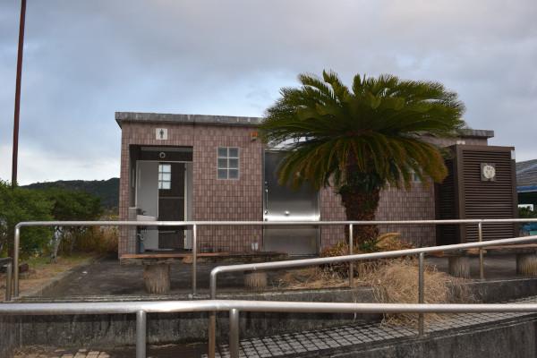 紀伊長島港のトイレ