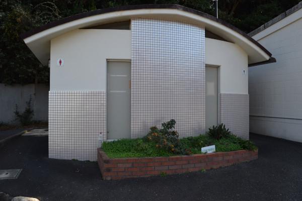 波切漁港トイレ