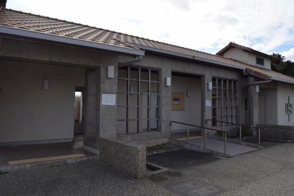 波切漁港新堤防トイレ