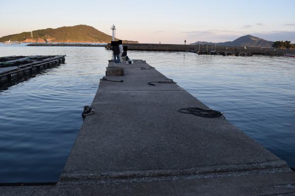 小浜漁港湾奥堤防