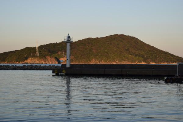 小浜漁港堤防