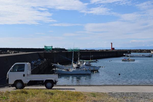 和具漁港赤灯台