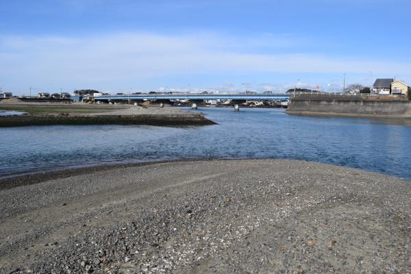 会津川河口の最も狭いところ