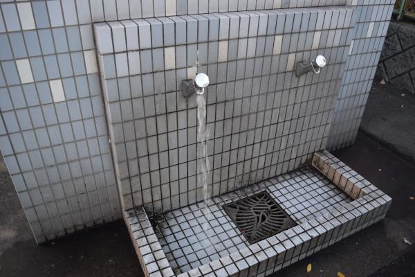 霞埠頭海釣り公園の洗い場