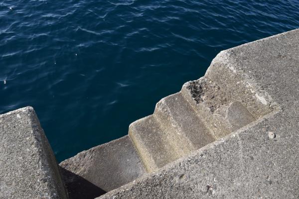 串本堤防階段