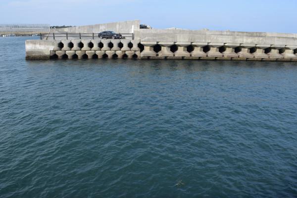 下御糸漁港入り口