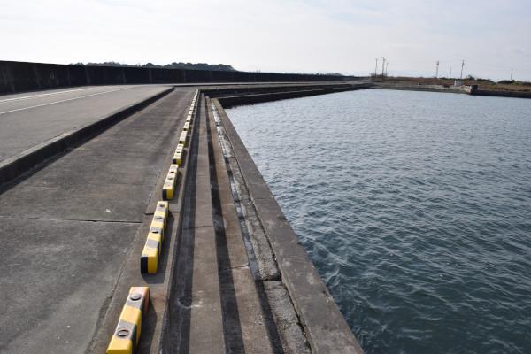 下御糸漁港の駐車スペース