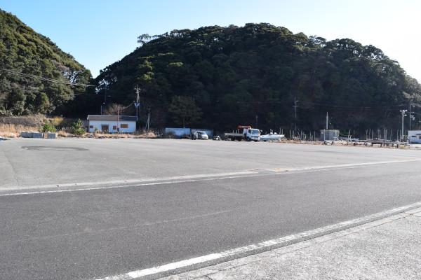 田原漁港駐車スペース