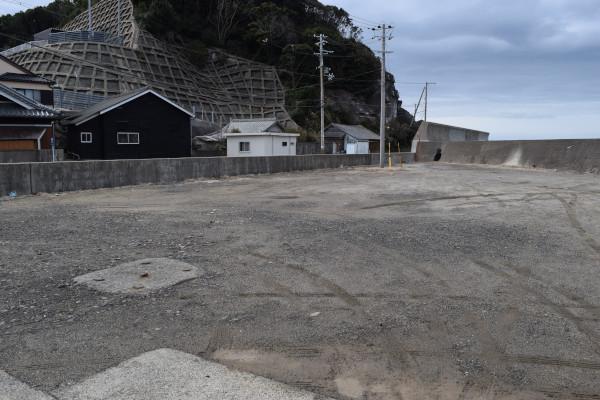 阿尾漁港駐車スペース
