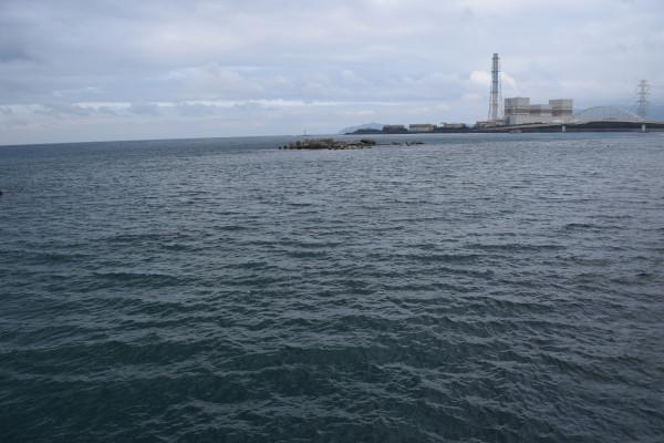 祓井戸漁港の外側