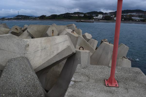 加尾漁港消波ブロック