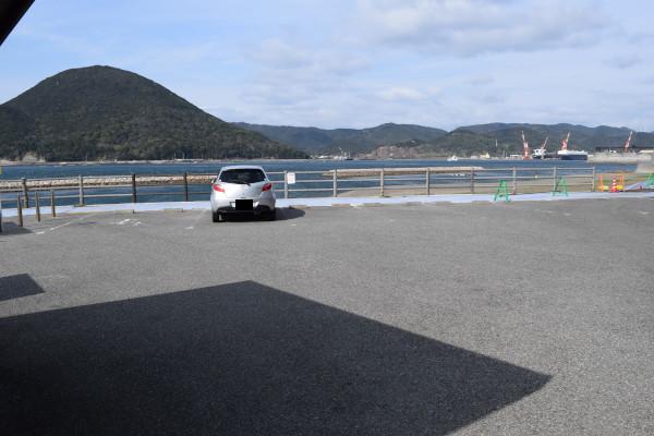 柏漁港の駐車場