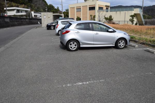 小浦漁港駐車場