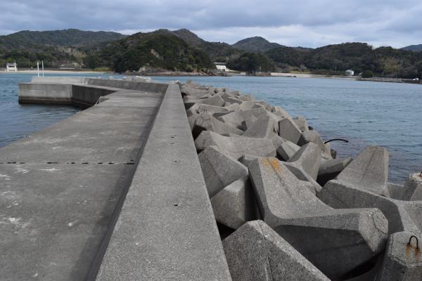 小浦漁港釣りポイント2