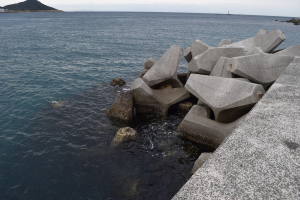 産湯漁港の先端