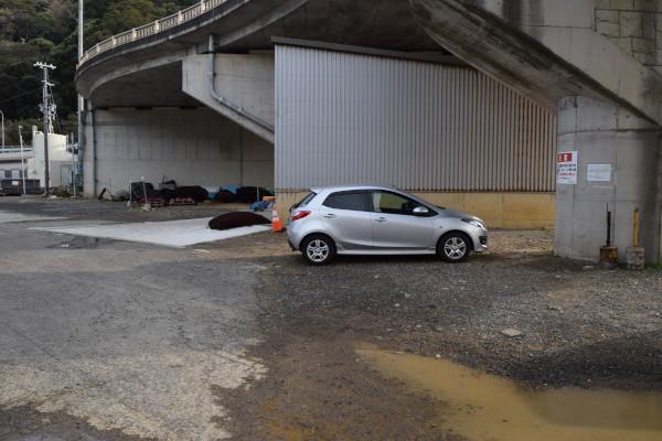 戸津井漁港駐車スペース1