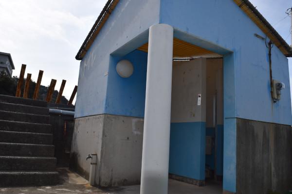 千田漁港のトイレ