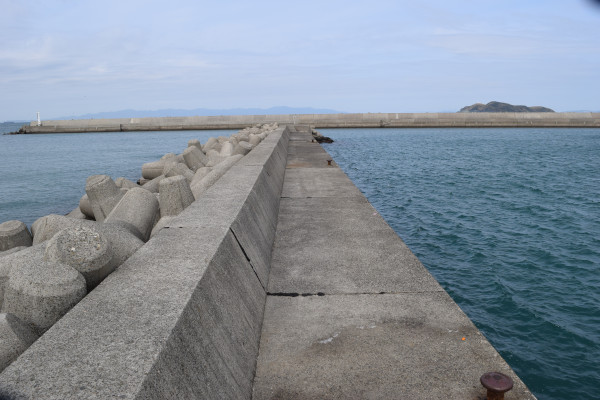 箕島漁港釣りポイント1