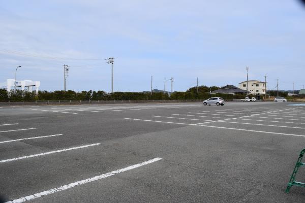 箕島漁港隣の駐車場