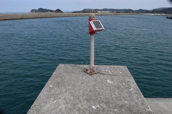 箕島漁港先端