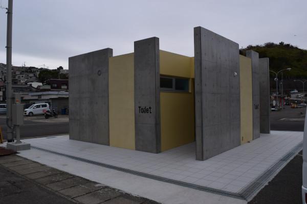 雑賀崎漁港トイレ