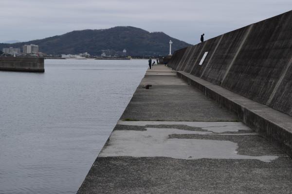 田ノ浦漁港堤防外側