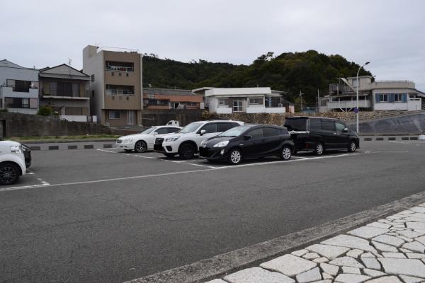 和歌浦漁港駐車場
