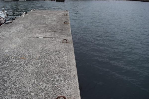 加太内側の波止堤防